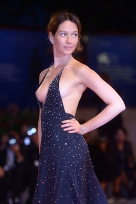italian Actress`s unbelievable dress in 74th venice film festival with bare Nipple
