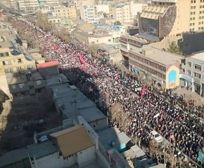 بداية الثورة الحقيقية في ايران الان  لتنهي عقود من انتهاكات ثورة ملالي طهران
